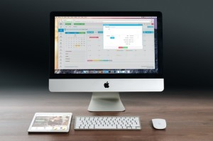 apple-imac-ipad-workplace-38568-medium