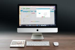 apple-imac-ipad-workplace-38568-medium